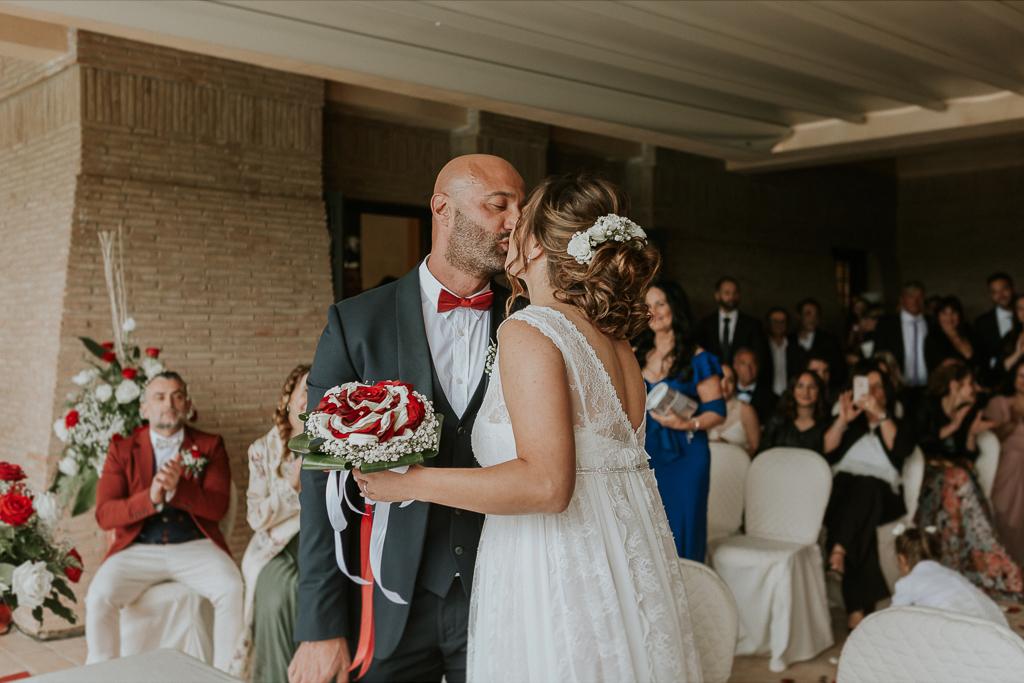 bacio matrimonio tenuta ceccucci roma