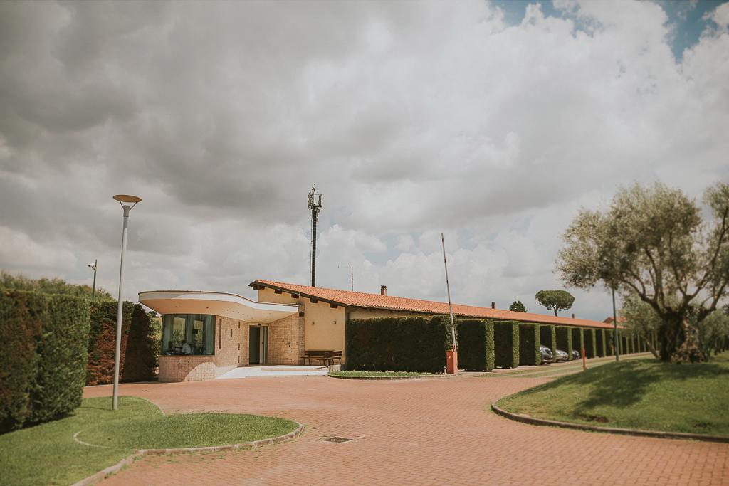 location dove la sposa e i suoi parenti si preparano