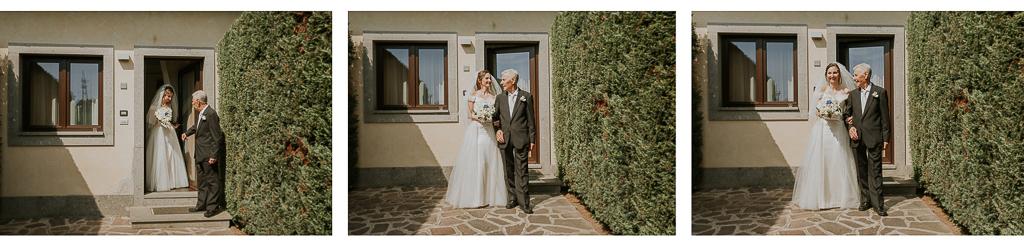 la sposa esce di casa con il papà