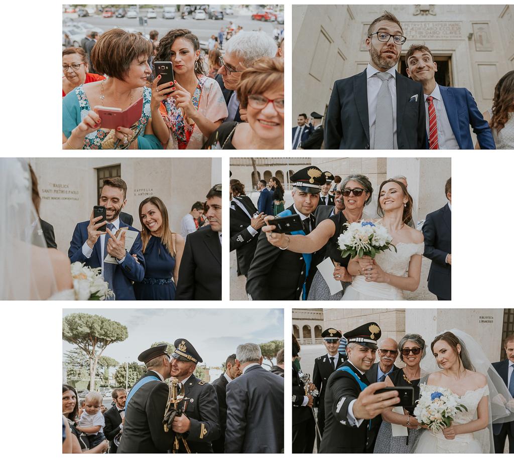 abbraccio con i parenti dopo la cerimonia di matrimonio
