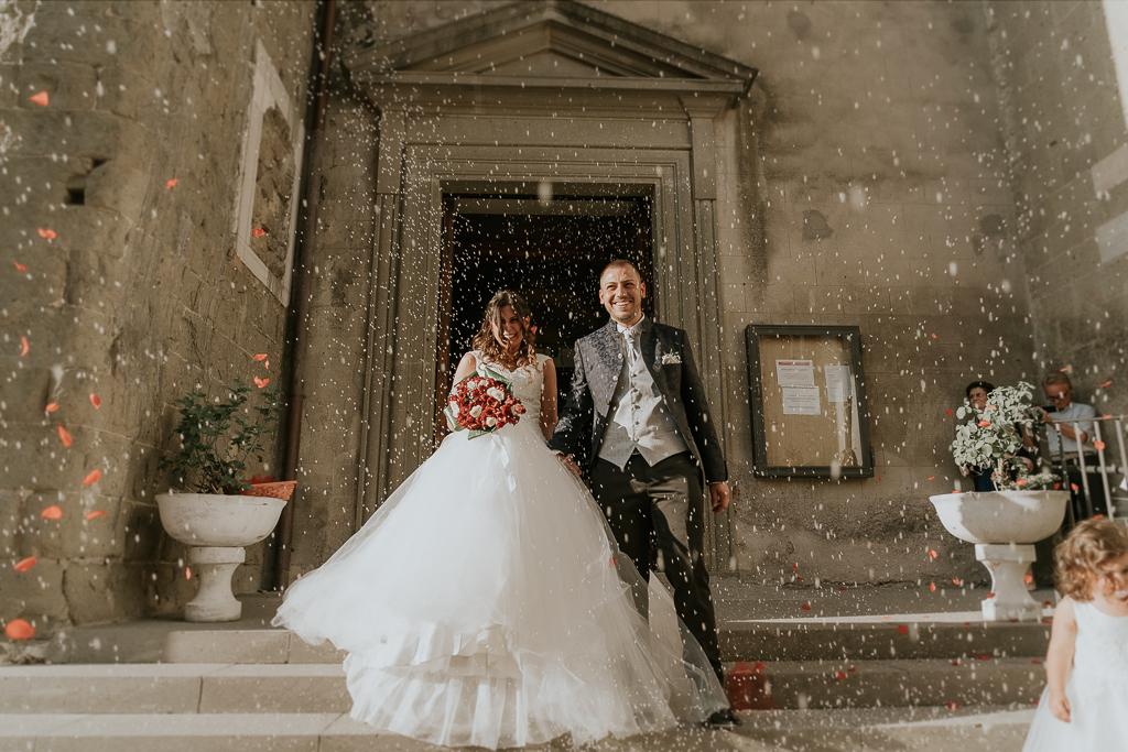 uscita sposi dalla chiesa San Lorenzo Martire a formello