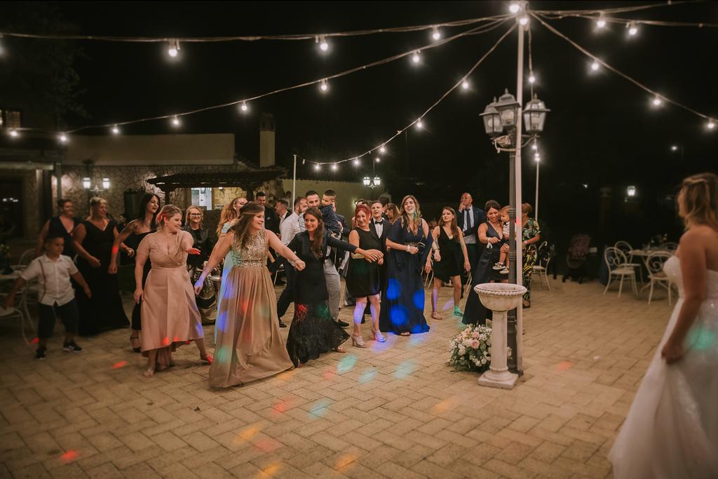 balli sotto le luminarie di tenuta agrivillage