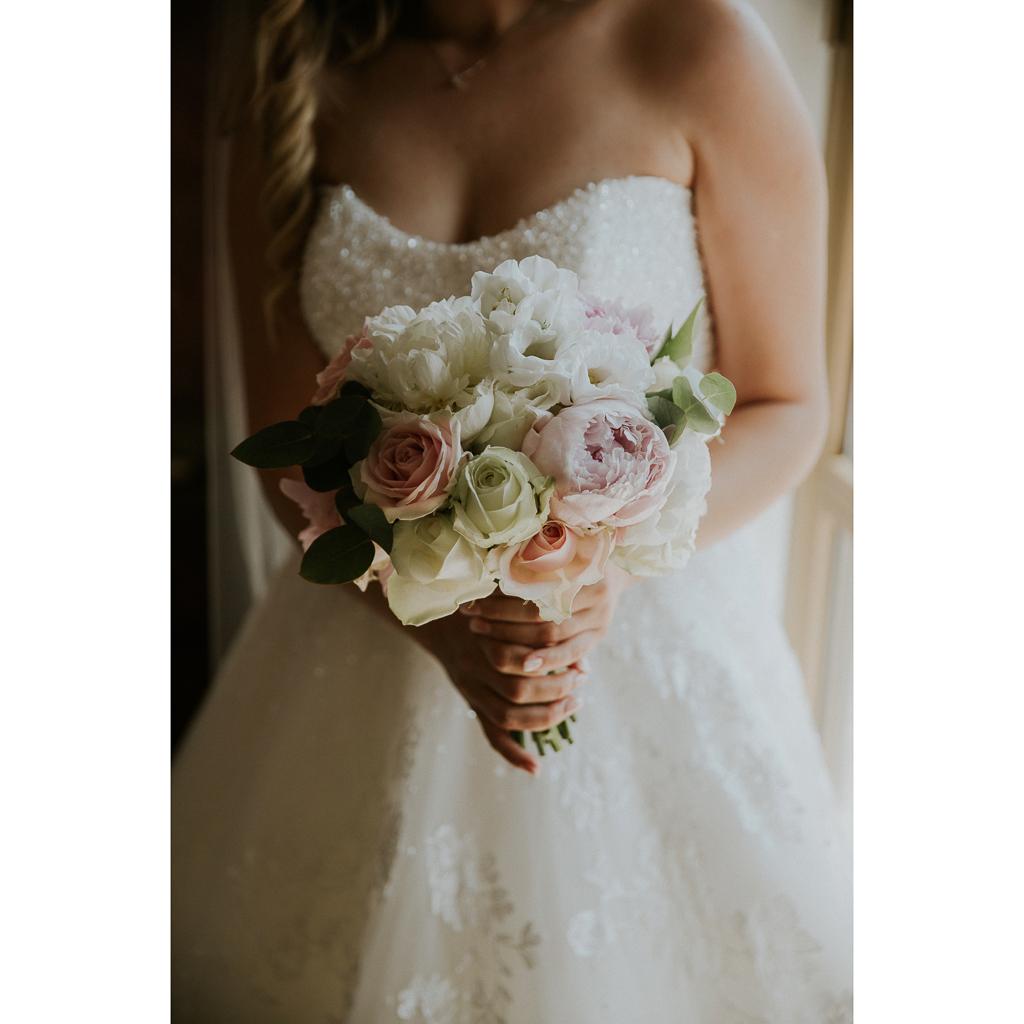 bouquet sposa matrimonio presso tenuta agrivillage a Roma