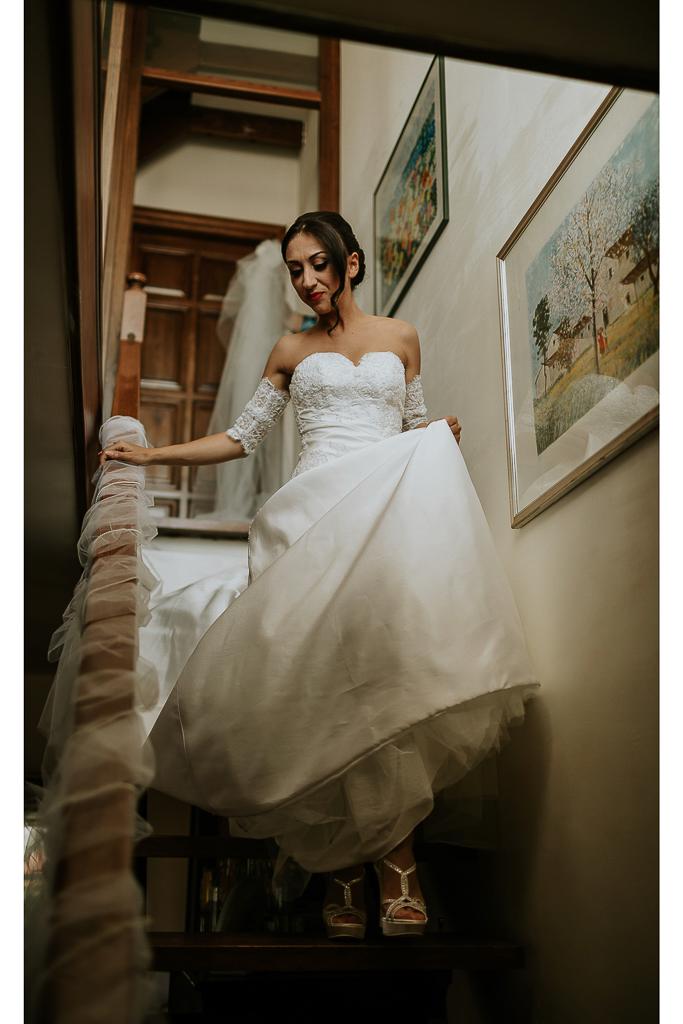 la sposa scende le scale