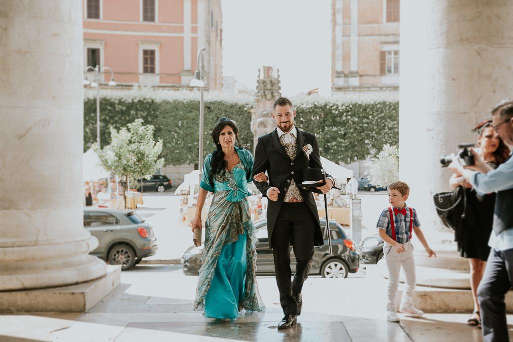 ingresso dello sposo in chiesa a terracina