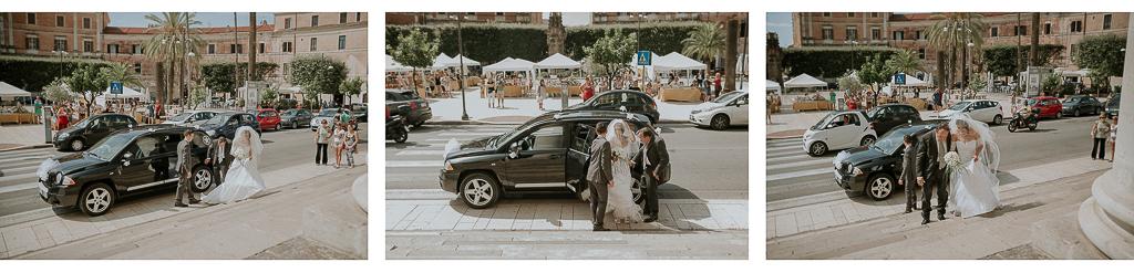 arrivo della sposa scende dalla macchina