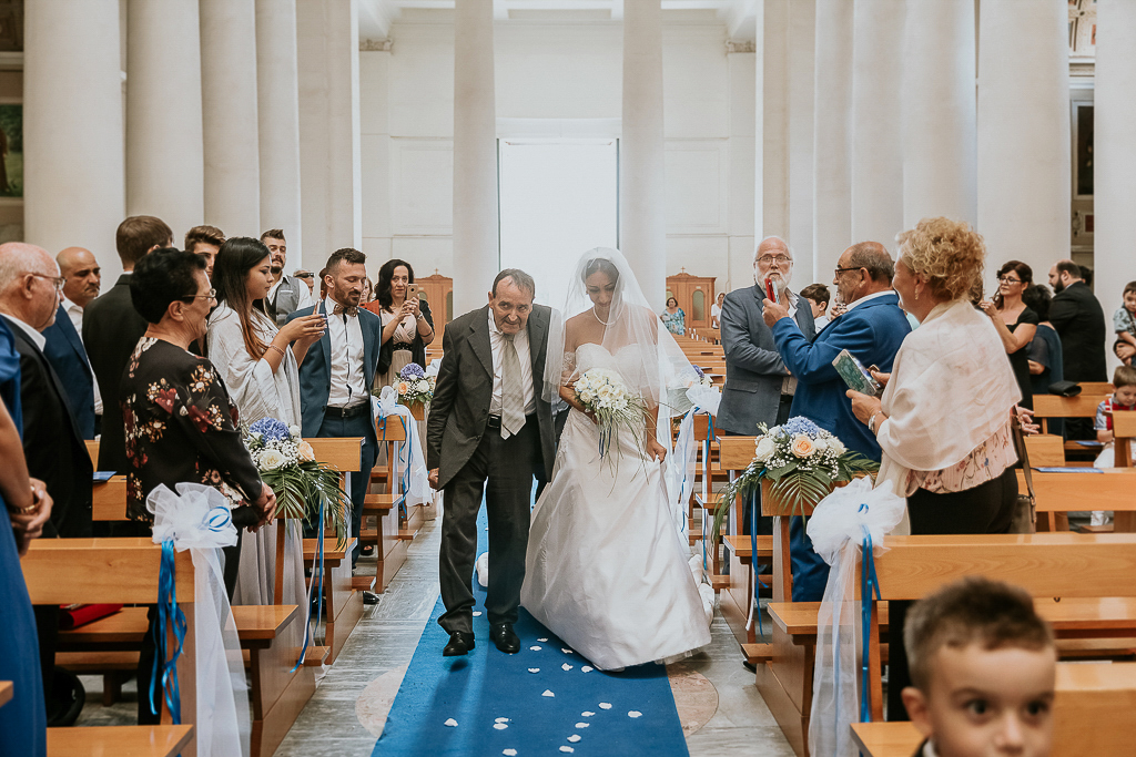 ingresso della sposa alla chiesa di terracina