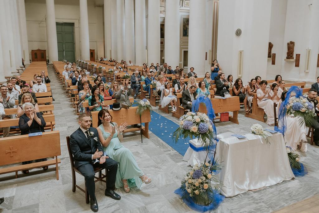 applausi durante la cerimonia di matrimonio