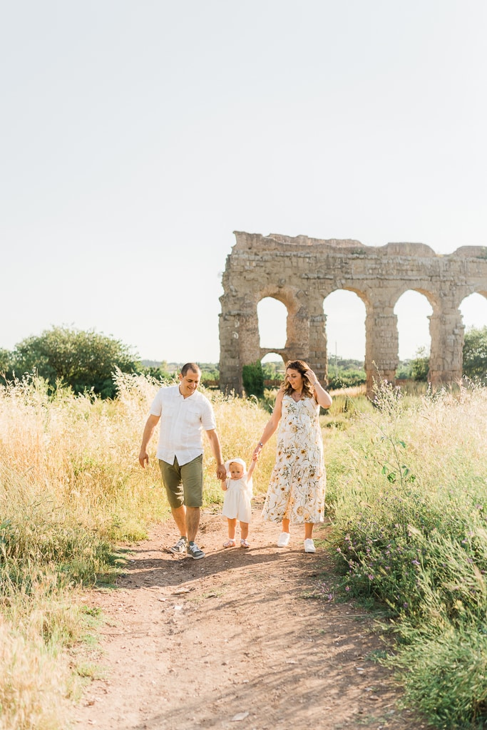 family shooting a roma