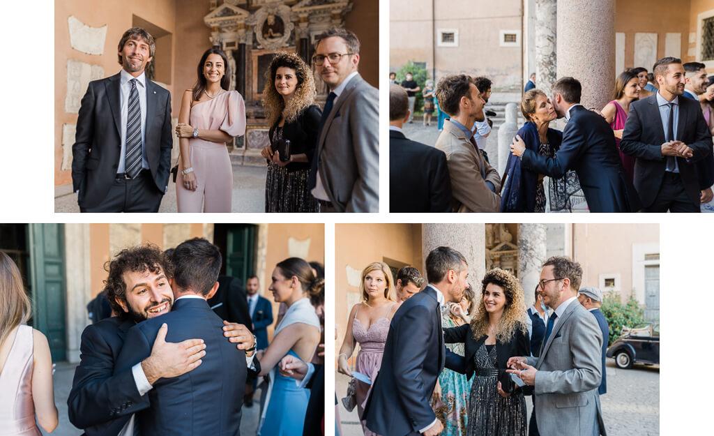 gli sposi abbracciano gli ospiti